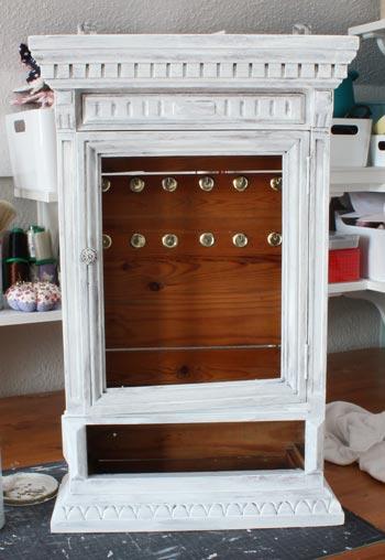 antons korpus wei. Black Bedroom Furniture Sets. Home Design Ideas