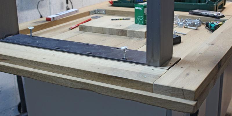 Gartentisch selber bauen rustikal  Einen rustikalen Loft-Tisch selber bauen - So geht's!