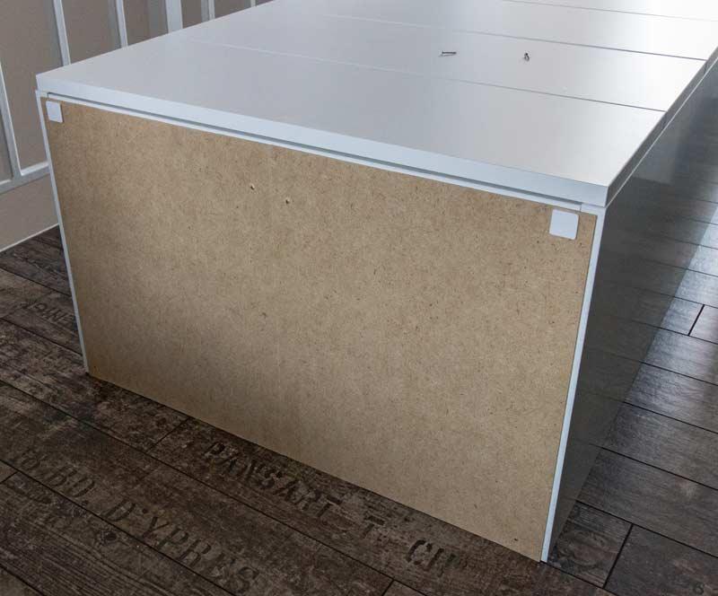 ikea hack mit polystyrol leisten und kreidefarbe zum einbauschrank. Black Bedroom Furniture Sets. Home Design Ideas