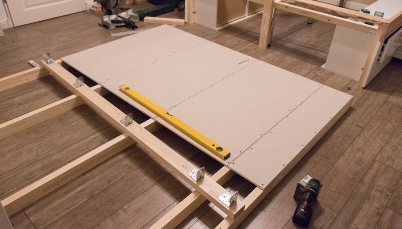 DIY Bett selber bauen 12