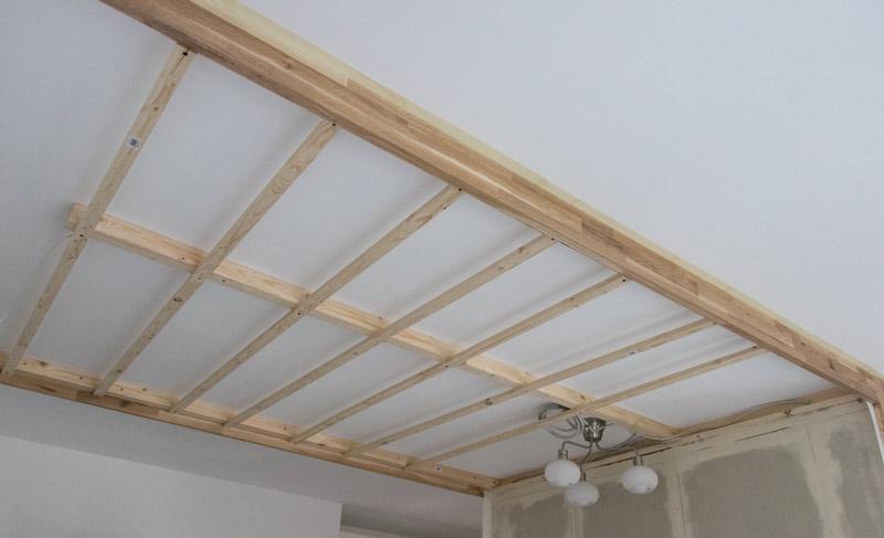 DIY Bett selber bauen 30