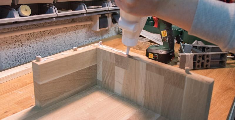 DIY schwebenden Nachttisch selber bauen 4