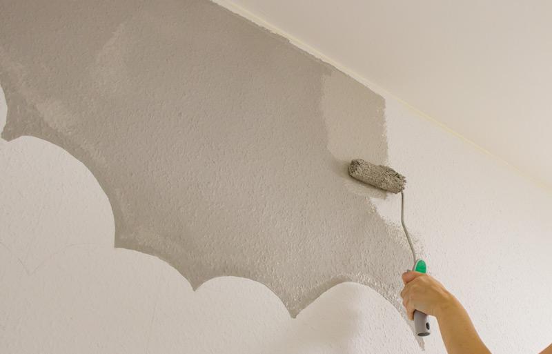 Kinderzimmer Wandbild streichen - Mit dem Roller ausmalen