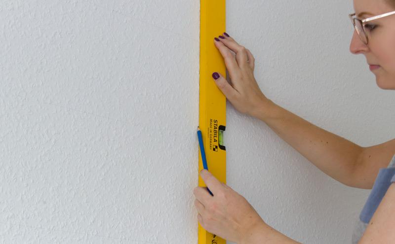 Kinderzimmer Wandbild streichen - Raster anzeichnen