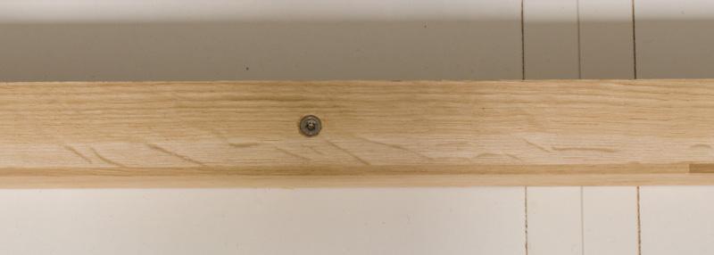 Fensterbank als Sitzbank mit Stauraum gestalten IKEA Hack - Schrauben versenken