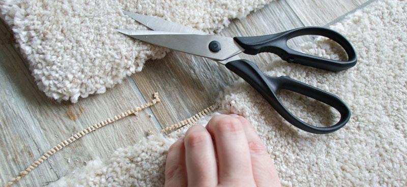 IKEA Teppich STOENSE zusammenlegen - Ränder abschneiden