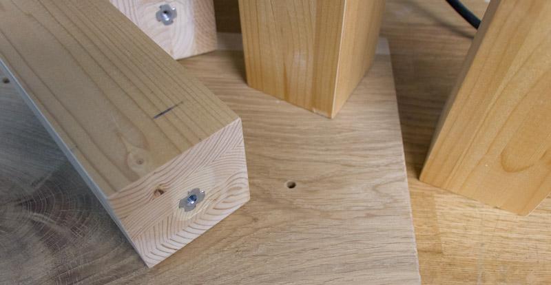 DIY Adventskranz aus Holz - Montage der Häuser