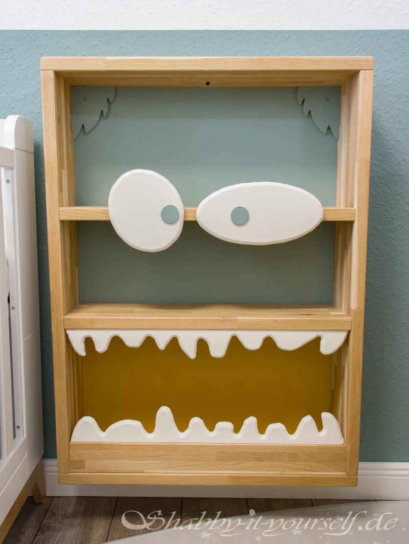 Monster Bücherregal für Kinder - Der Bücherwum ist jetzt out