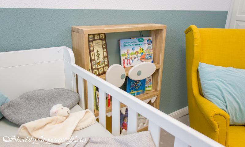 Monster Bücherregal für Kinder - Das Monster bewacht das Kinderbett