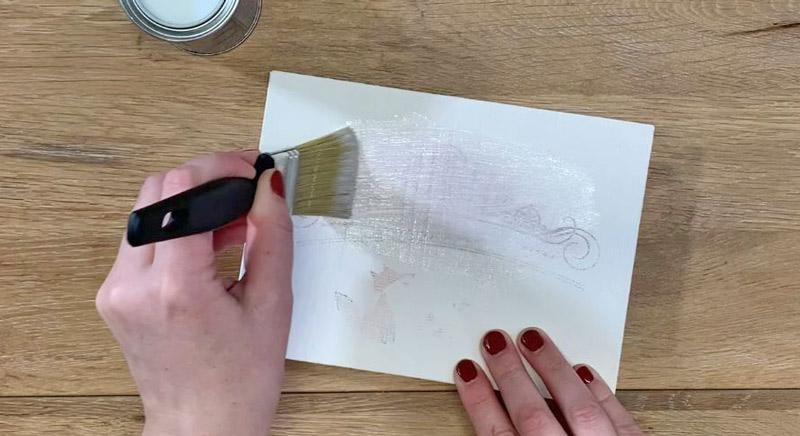 Drucktransfer mit Freezer Paper auf Holz und Kreidefarbe - Acryllack löst die Tinte auf