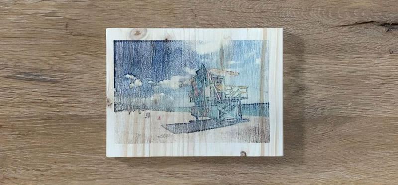 Drucktransfer mit Freezer Paper auf Holz und Kreidefarbe - Ergebnis Foto auf Holz